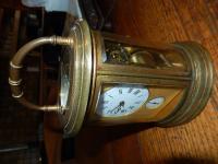 Pendule Officier Ovale en bronze doré datant fin du XIXème siècle